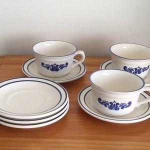 Set of 9 Pfaltzgraff blue village cups & saucers